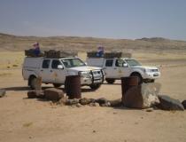 Autovlajky na púšti v Afrike